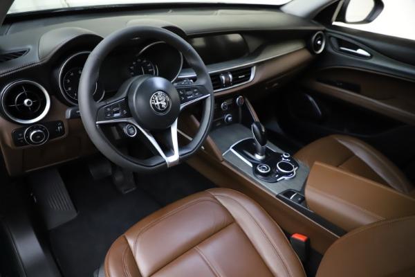 Used 2018 Alfa Romeo Stelvio Ti Q4 for sale $32,900 at Bentley Greenwich in Greenwich CT 06830 13