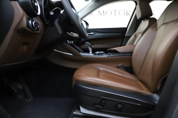 Used 2018 Alfa Romeo Stelvio Ti Q4 for sale $32,900 at Bentley Greenwich in Greenwich CT 06830 14