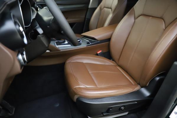 Used 2018 Alfa Romeo Stelvio Ti Q4 for sale $32,900 at Bentley Greenwich in Greenwich CT 06830 15