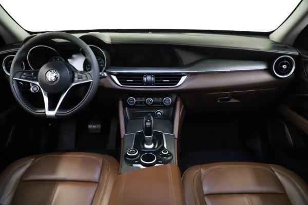 Used 2018 Alfa Romeo Stelvio Ti Q4 for sale $32,900 at Bentley Greenwich in Greenwich CT 06830 16