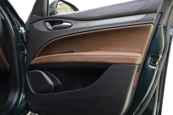 Used 2018 Alfa Romeo Stelvio Ti Q4 for sale $32,900 at Bentley Greenwich in Greenwich CT 06830 25