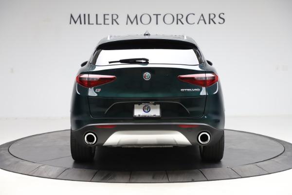 Used 2018 Alfa Romeo Stelvio Ti Q4 for sale $32,900 at Bentley Greenwich in Greenwich CT 06830 6