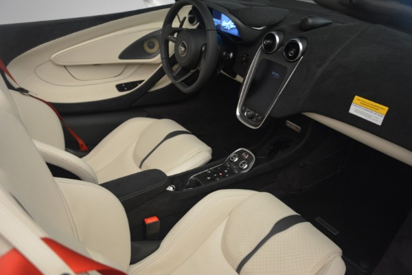 New 2019 McLaren 570S Spider Convertible for sale Sold at Bentley Greenwich in Greenwich CT 06830 26