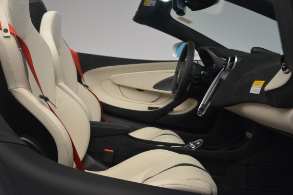 New 2019 McLaren 570S Spider Convertible for sale Sold at Bentley Greenwich in Greenwich CT 06830 27