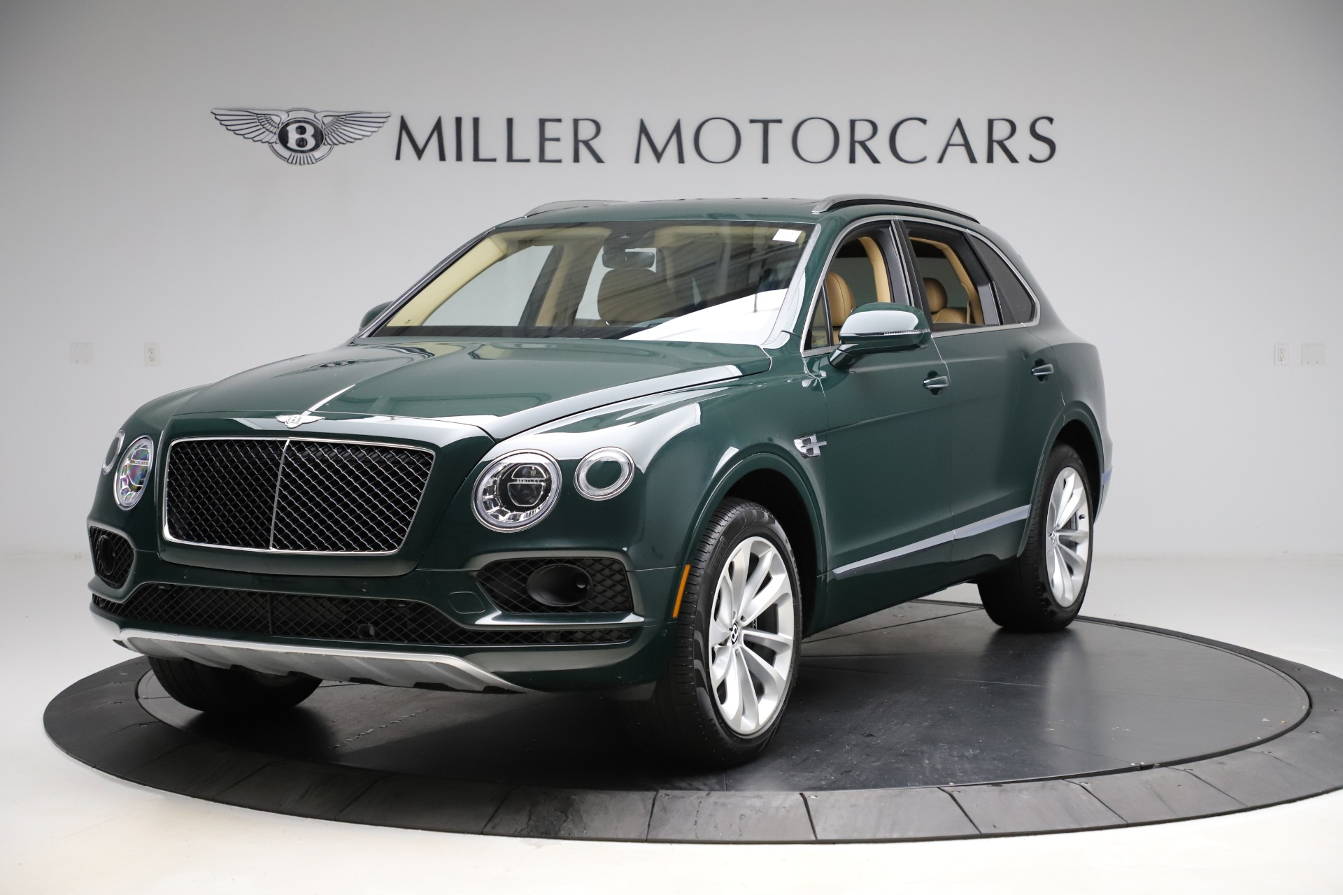 Used 2019 Bentley Bentayga V8 for sale $163,900 at Bentley Greenwich in Greenwich CT 06830 1