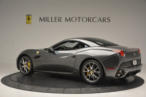 Used 2013 Ferrari California 30 for sale $113,900 at Bentley Greenwich in Greenwich CT 06830 16