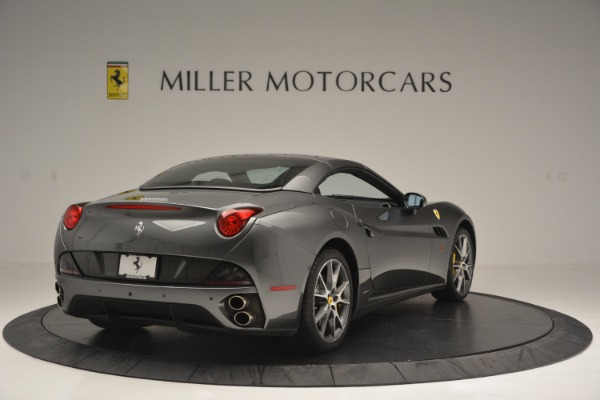 Used 2013 Ferrari California 30 for sale $113,900 at Bentley Greenwich in Greenwich CT 06830 19