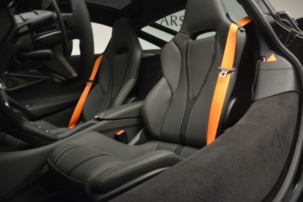 New 2019 McLaren 720S Coupe for sale $344,340 at Bentley Greenwich in Greenwich CT 06830 20