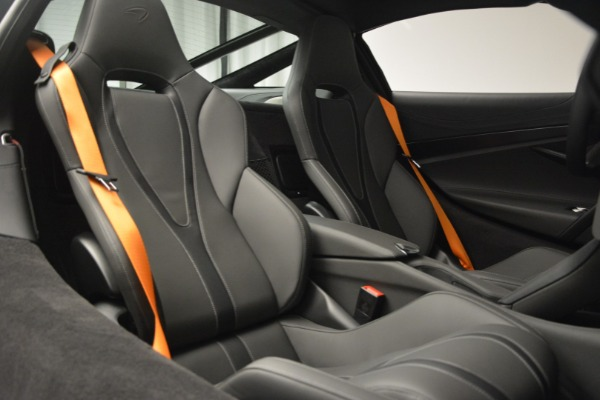 New 2019 McLaren 720S Coupe for sale $344,340 at Bentley Greenwich in Greenwich CT 06830 23