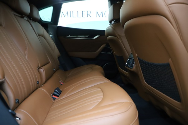 Used 2019 Maserati Levante Q4 GranLusso for sale Sold at Bentley Greenwich in Greenwich CT 06830 27