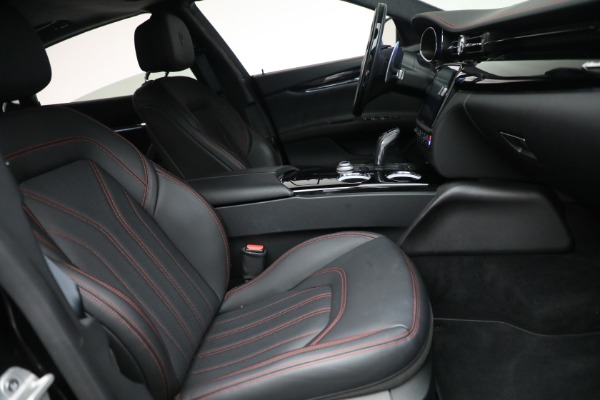Used 2019 Maserati Quattroporte S Q4 GranLusso for sale $68,900 at Bentley Greenwich in Greenwich CT 06830 27