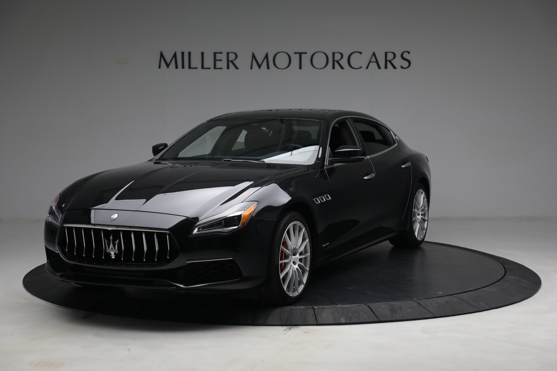 Used 2019 Maserati Quattroporte S Q4 GranLusso for sale $68,900 at Bentley Greenwich in Greenwich CT 06830 1