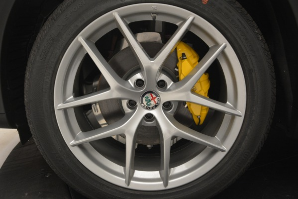 New 2018 Alfa Romeo Stelvio Ti Lusso Q4 for sale Sold at Bentley Greenwich in Greenwich CT 06830 25