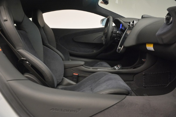Used 2017 McLaren 570S for sale $149,900 at Bentley Greenwich in Greenwich CT 06830 19