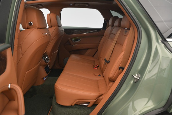 New 2019 Bentley Bentayga V8 for sale Sold at Bentley Greenwich in Greenwich CT 06830 27