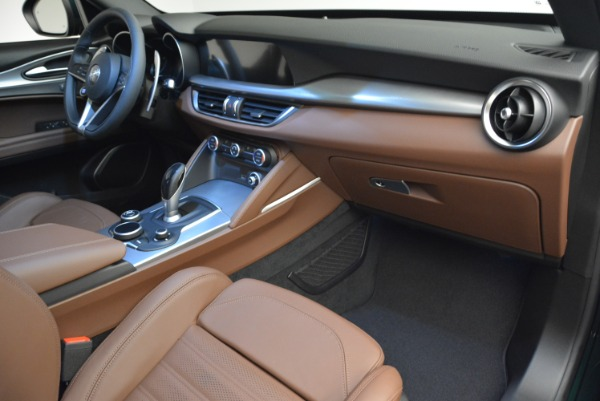 New 2019 Alfa Romeo Stelvio Sport Q4 for sale Sold at Bentley Greenwich in Greenwich CT 06830 20