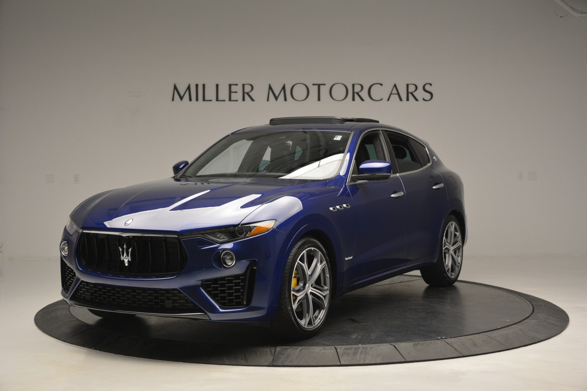 New 2019 Maserati Levante Q4 GranSport for sale $90,370 at Bentley Greenwich in Greenwich CT 06830 1