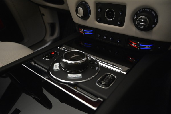Used 2019 Rolls-Royce Ghost for sale $298,900 at Bentley Greenwich in Greenwich CT 06830 23