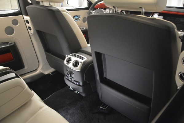 Used 2019 Rolls-Royce Ghost for sale $298,900 at Bentley Greenwich in Greenwich CT 06830 25