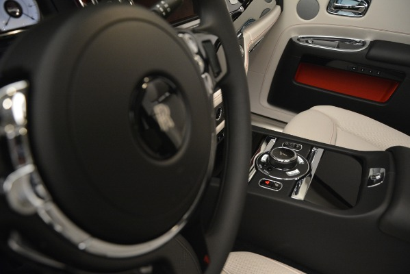 Used 2019 Rolls-Royce Ghost for sale $298,900 at Bentley Greenwich in Greenwich CT 06830 28