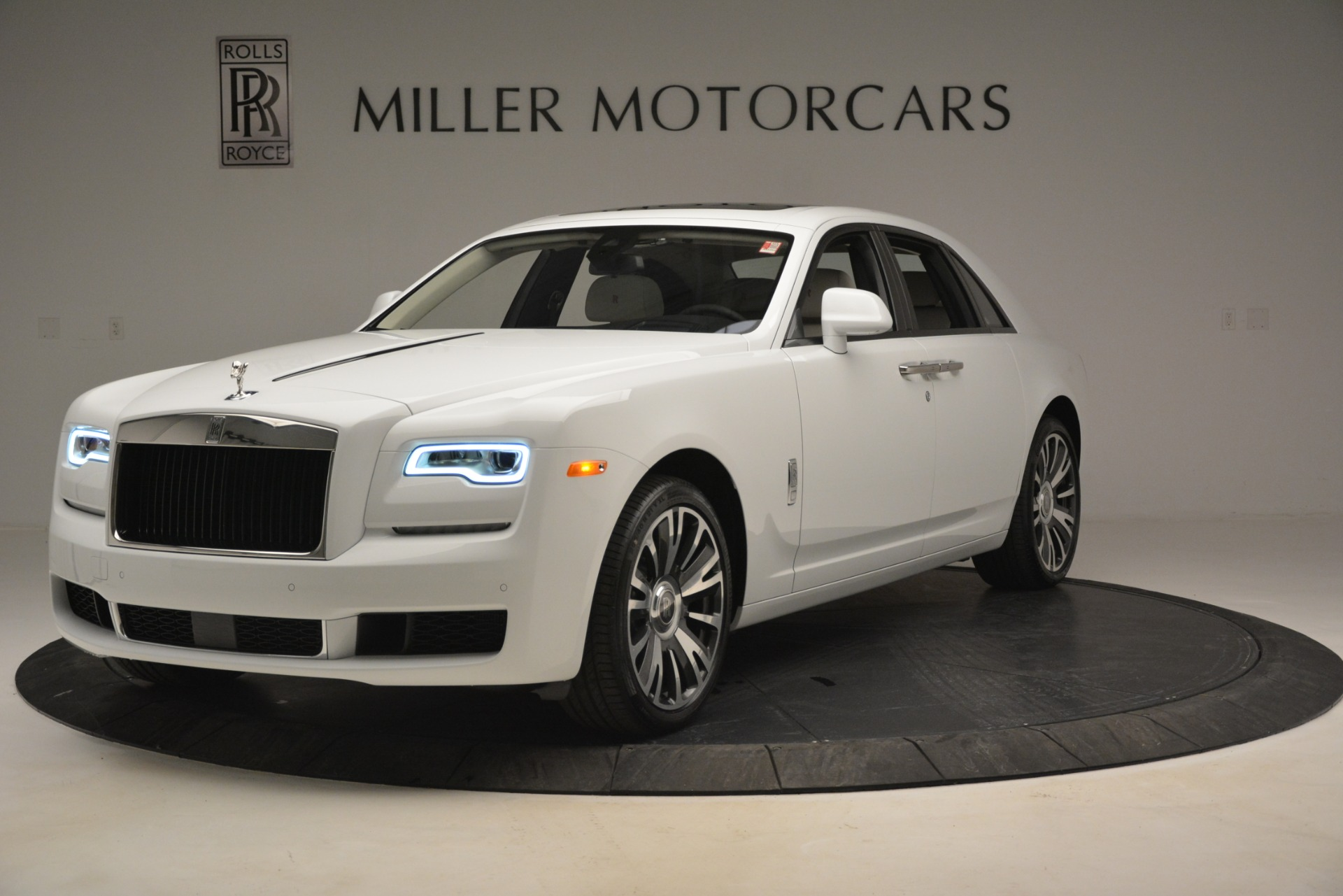 Used 2019 Rolls-Royce Ghost for sale $298,900 at Bentley Greenwich in Greenwich CT 06830 1