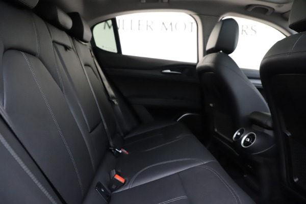 Used 2019 Alfa Romeo Stelvio Q4 for sale Sold at Bentley Greenwich in Greenwich CT 06830 27