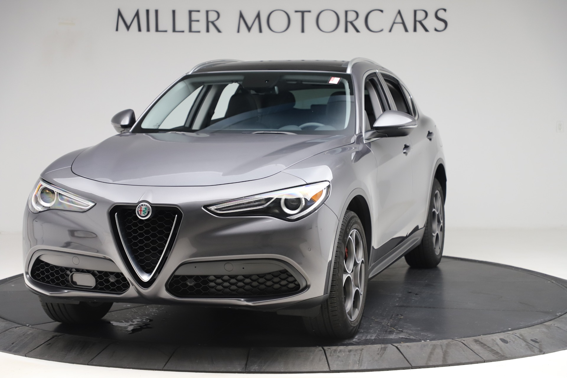 Used 2019 Alfa Romeo Stelvio Q4 for sale Sold at Bentley Greenwich in Greenwich CT 06830 1