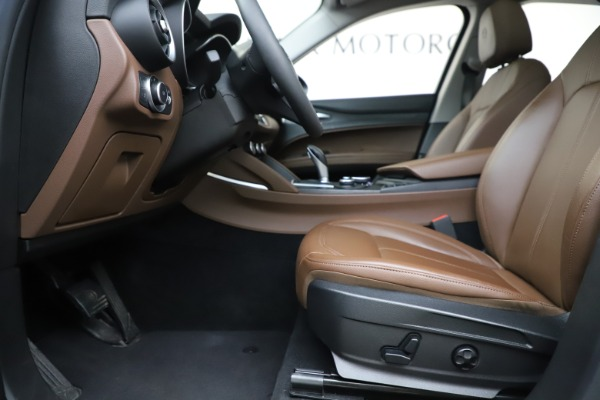 Used 2019 Alfa Romeo Stelvio Q4 for sale Sold at Bentley Greenwich in Greenwich CT 06830 14