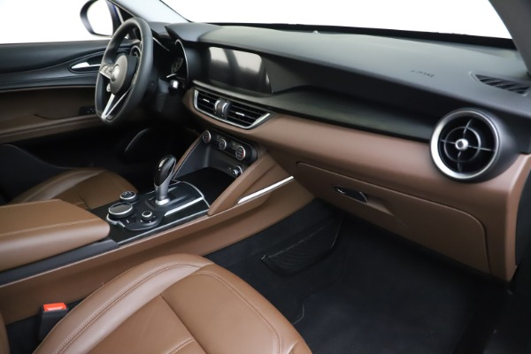 Used 2019 Alfa Romeo Stelvio Q4 for sale Sold at Bentley Greenwich in Greenwich CT 06830 22