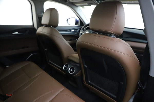 Used 2019 Alfa Romeo Stelvio Q4 for sale Sold at Bentley Greenwich in Greenwich CT 06830 28