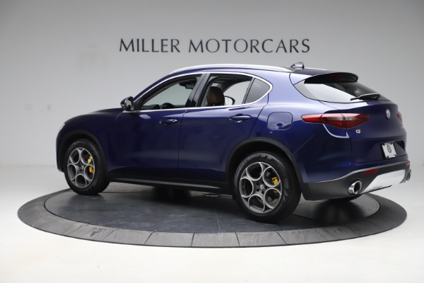 Used 2019 Alfa Romeo Stelvio Q4 for sale Sold at Bentley Greenwich in Greenwich CT 06830 4