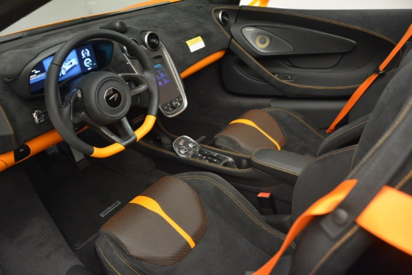 Used 2019 McLaren 570S SPIDER Convertible for sale $240,720 at Bentley Greenwich in Greenwich CT 06830 23