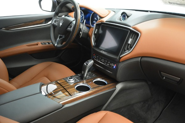 New 2019 Maserati Ghibli S Q4 for sale $59,900 at Bentley Greenwich in Greenwich CT 06830 21