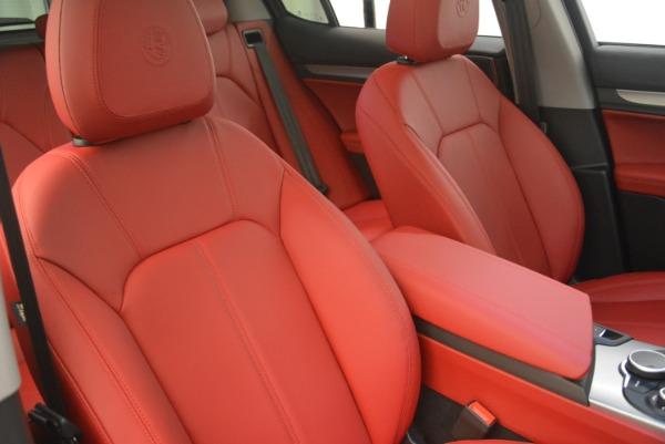 New 2019 Alfa Romeo Stelvio Sport Q4 for sale Sold at Bentley Greenwich in Greenwich CT 06830 21
