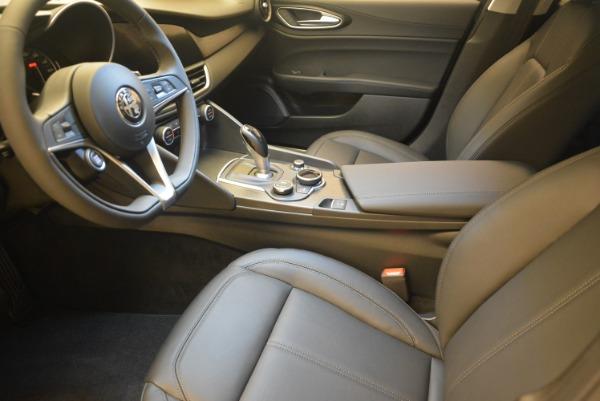 New 2019 Alfa Romeo Giulia Q4 for sale Sold at Bentley Greenwich in Greenwich CT 06830 14