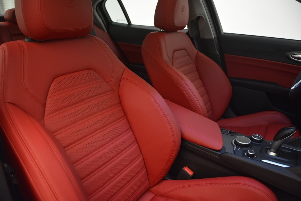 New 2019 Alfa Romeo Giulia Ti Sport Q4 for sale Sold at Bentley Greenwich in Greenwich CT 06830 21