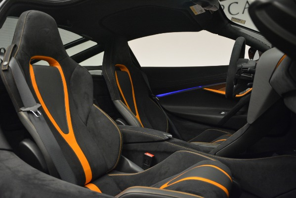 Used 2018 McLaren 720S Coupe for sale Sold at Bentley Greenwich in Greenwich CT 06830 22