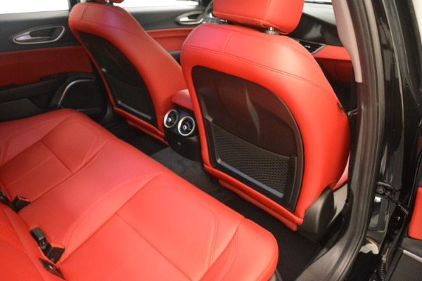 New 2019 Alfa Romeo Giulia Q4 for sale Sold at Bentley Greenwich in Greenwich CT 06830 22