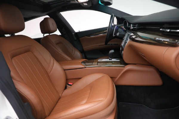 Used 2015 Maserati Quattroporte S Q4 for sale Sold at Bentley Greenwich in Greenwich CT 06830 20