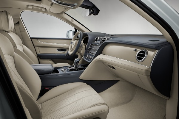 New 2020 Bentley Bentayga Hybrid for sale Sold at Bentley Greenwich in Greenwich CT 06830 8