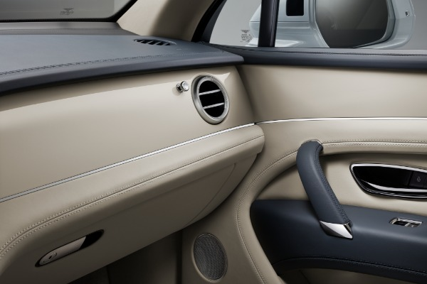 New 2020 Bentley Bentayga Hybrid for sale Sold at Bentley Greenwich in Greenwich CT 06830 9
