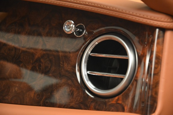 Used 2016 Bentley Flying Spur W12 for sale Sold at Bentley Greenwich in Greenwich CT 06830 21