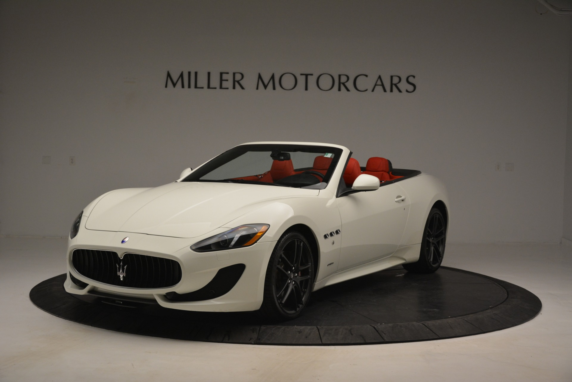 Used 2017 Maserati GranTurismo Sport for sale Sold at Bentley Greenwich in Greenwich CT 06830 1