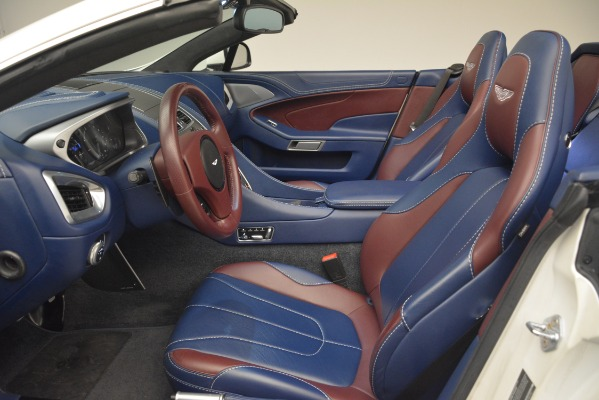 Used 2015 Aston Martin Vanquish Convertible for sale Sold at Bentley Greenwich in Greenwich CT 06830 20