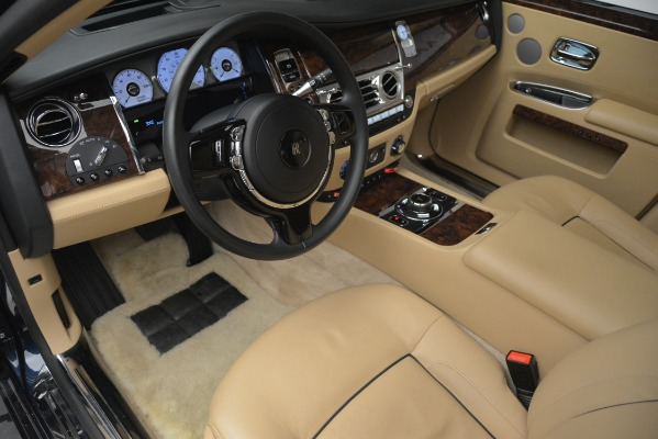 Used 2014 Rolls-Royce Ghost for sale Sold at Bentley Greenwich in Greenwich CT 06830 15