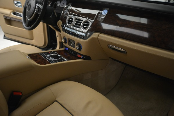 Used 2014 Rolls-Royce Ghost for sale Sold at Bentley Greenwich in Greenwich CT 06830 26