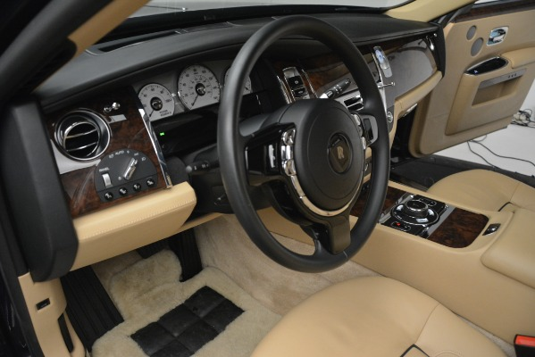 Used 2014 Rolls-Royce Ghost for sale Sold at Bentley Greenwich in Greenwich CT 06830 28