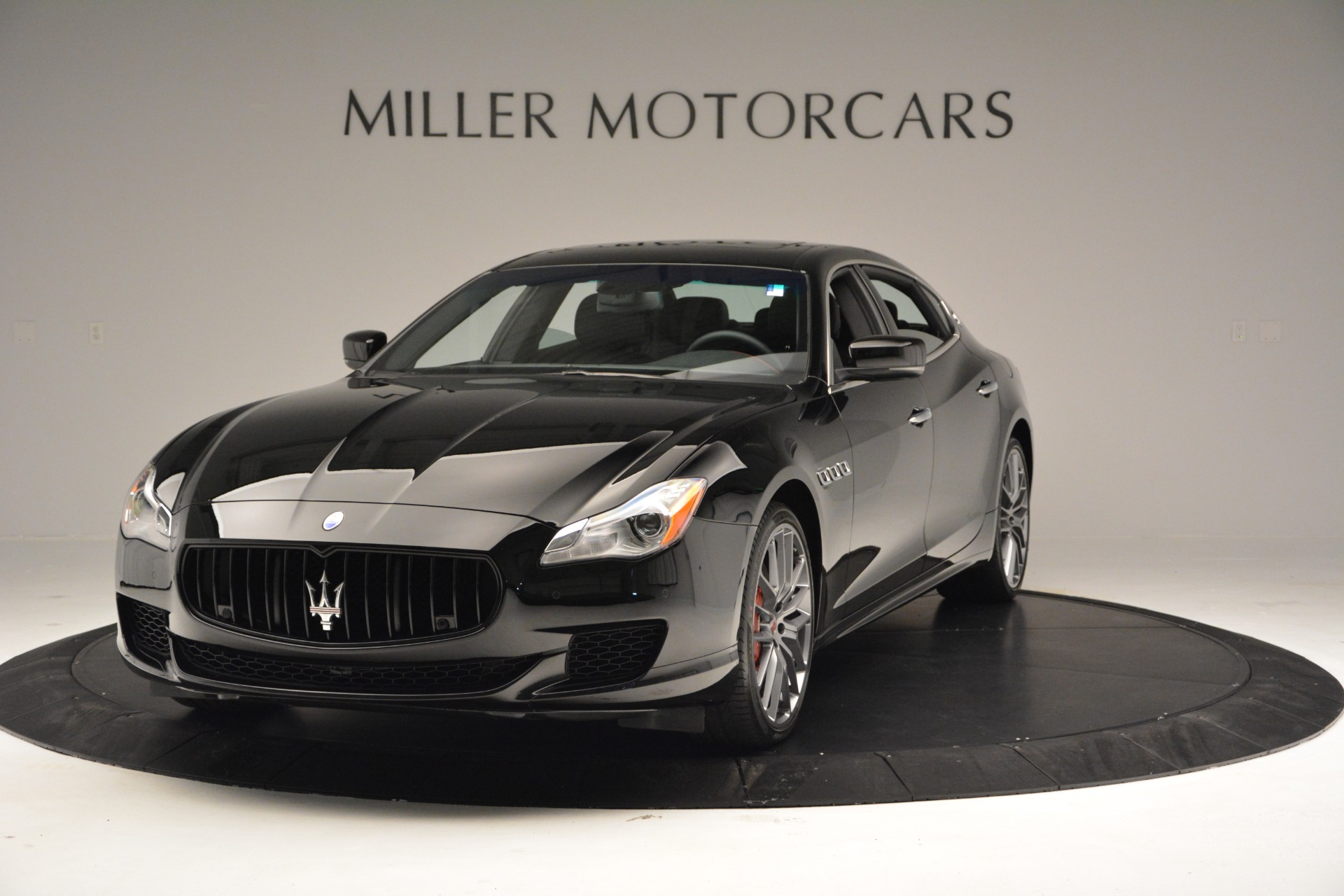 Used 2015 Maserati Quattroporte GTS for sale Sold at Bentley Greenwich in Greenwich CT 06830 1