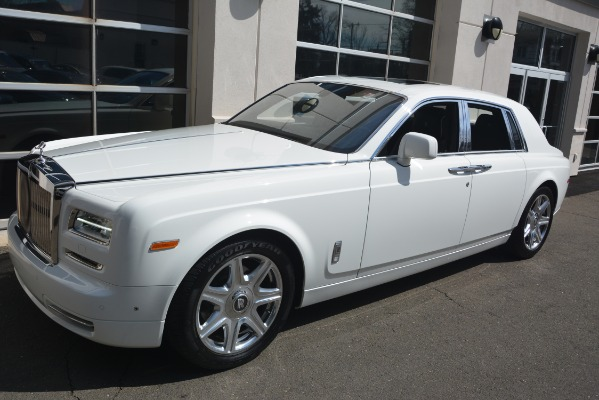 Used 2014 Rolls-Royce Phantom for sale Sold at Bentley Greenwich in Greenwich CT 06830 3
