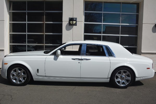 Used 2014 Rolls-Royce Phantom for sale Sold at Bentley Greenwich in Greenwich CT 06830 4